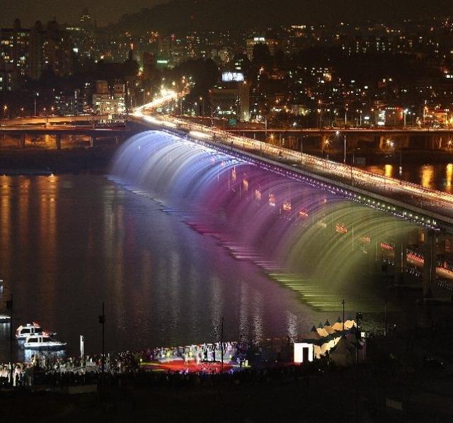мост бонпо в сеуле фото (640x597, 123Kb)