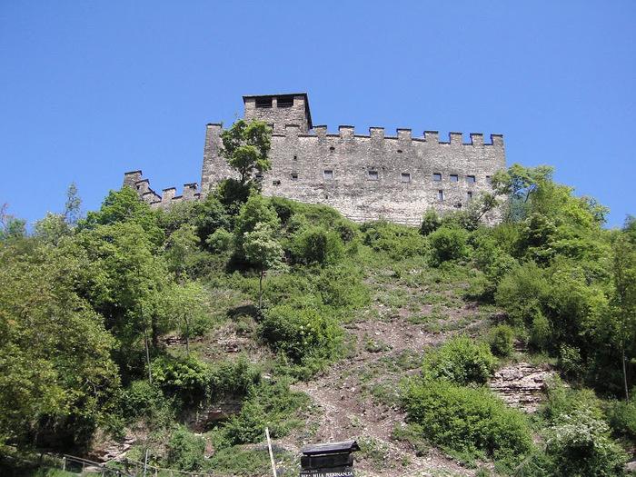 Замок Зумелле - Castello di Zumelle 18038