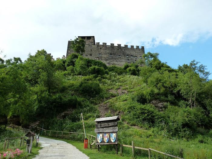Замок Зумелле - Castello di Zumelle 26042