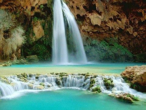 Живописный Водопад Хавасу в Аризоне, известный своими удивительными природными бассейнами (480x360, 53Kb)