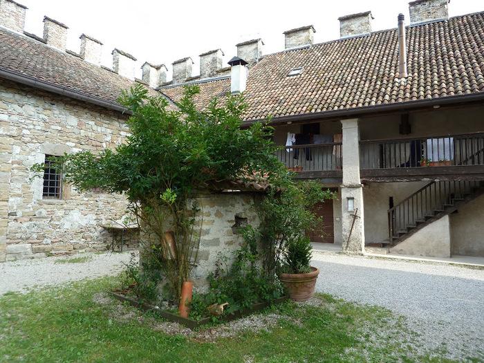 Замок Зумелле - Castello di Zumelle 47804