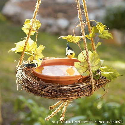 easy-wreath-birdbath-craft-photo-420-FF0509GARDA04 (420x420, 139Kb)