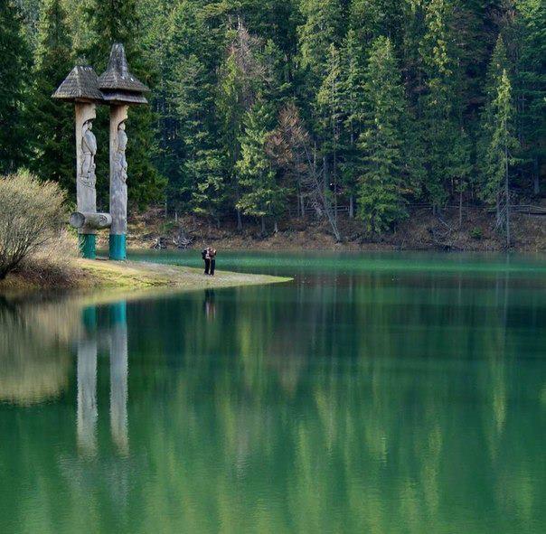 Озеро Синевир, Украина (604x591, 70Kb)