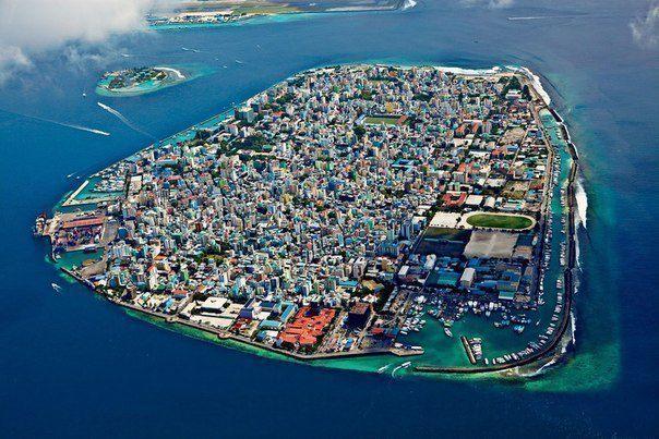 Столица Мальдив - город Мале (604x403, 70Kb)