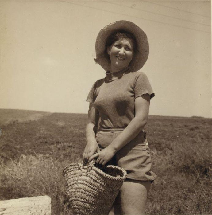 12 Еврейская женщина рабочая. 3 июля (691x700, 56Kb)