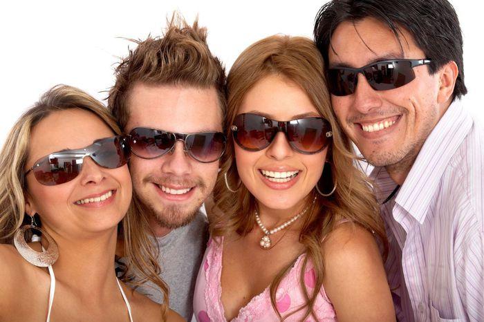 Солнцезащитные очки – стильно, удобно и полезно!