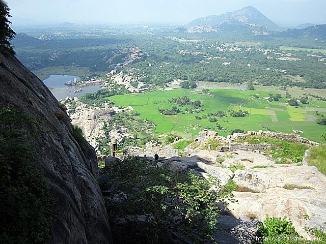 Крепость Джинджи, Индия, 86 (640x480, 355Kb)