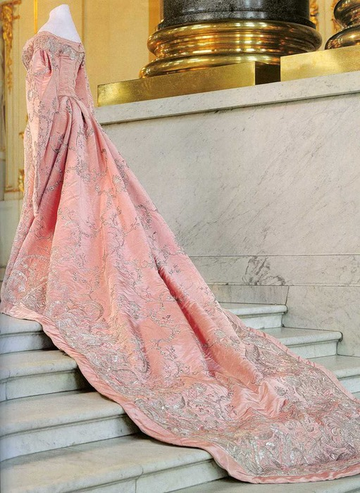 alix dress pridvorn rozovogo muara (511x700, 127Kb)