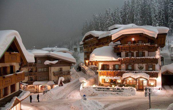 Улица курортного поселка в Альпах, Швейцария (604x386, 53Kb)