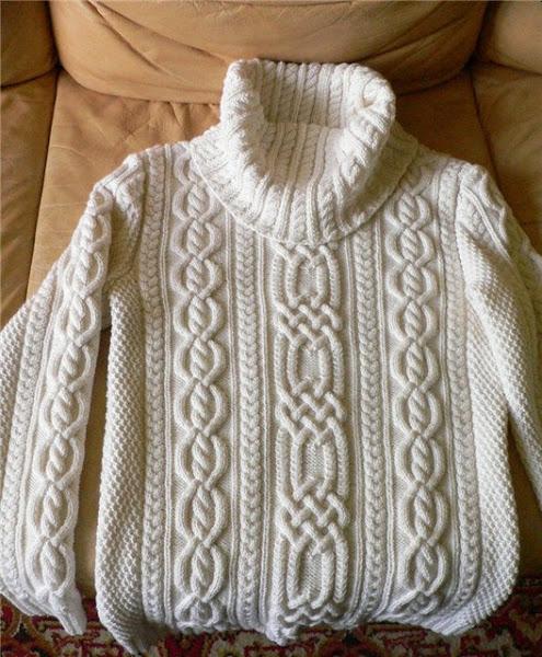 Нежные араны- свитер спицами