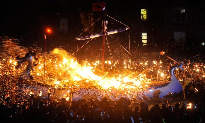 Шотландский праздник Апхелио 8 (700x419, 108Kb)