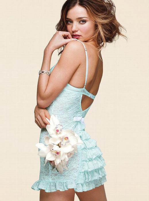 Miranda Kerr_0 (519x700, 92Kb)