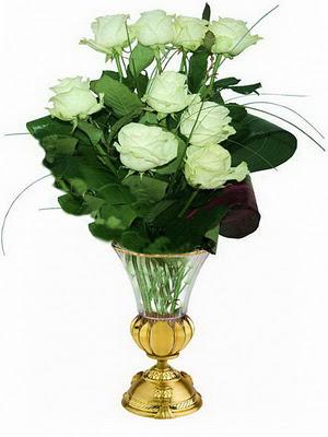 белые розы (300x400, 35Kb)