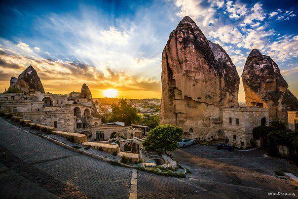 Каппадокия — историческое название местности на востоке Малой Азии на территории современной Турции (604x403, 66Kb)