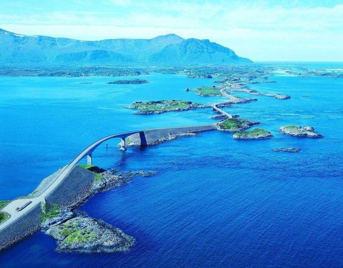 Атлантическая дорога, Норвегия (700x546, 73Kb)