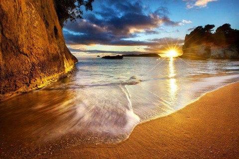 Закат на пляже недалеко от Бухты-Собора,полуостров Коромандель, Новая Зеландия (480x319, 50Kb)