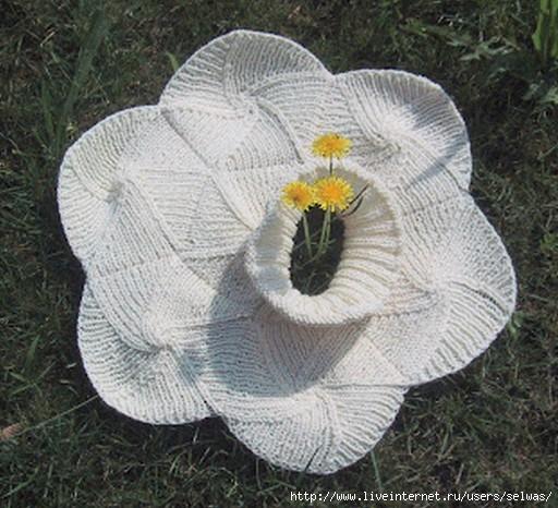 Манишка и шарфик женские вязаные спицами из мотивов-медальонов/4683827_20130213_211503 (512x466, 162Kb)