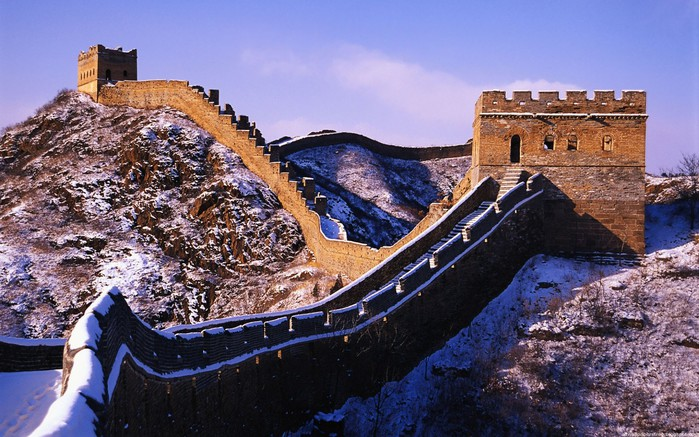 4646070_World_China_The_Great_Wall_of_China_017030_1 (700x437, 123Kb)