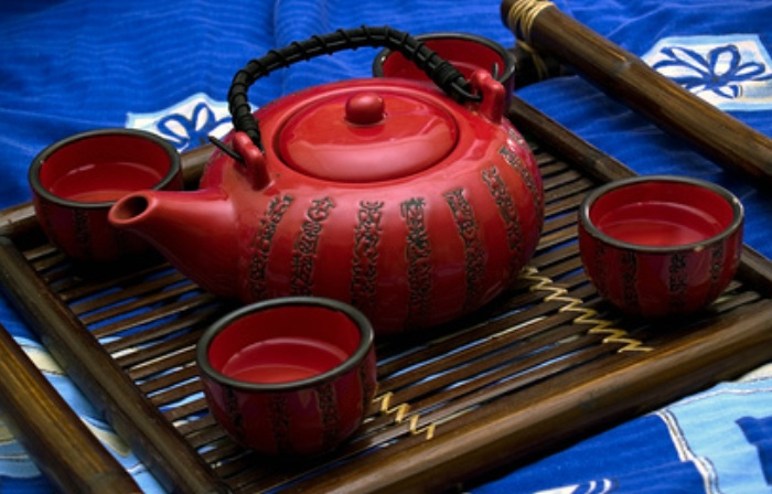 japanese tea ceremony ceramics essay The tea ceremony it is a common misconception that the japanese tea ceremony is merely about preparing and enjoying tea in a certain ritualistic manner.