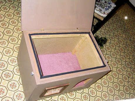 Домики для собак из коробки