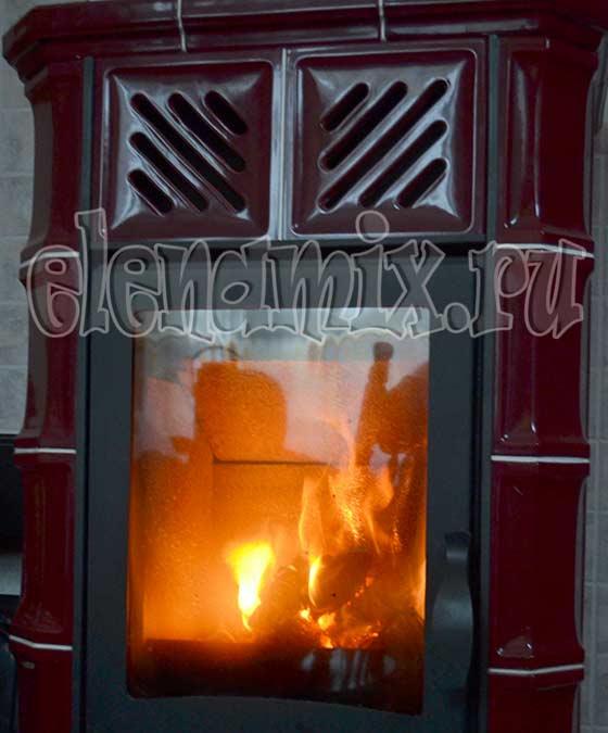 огонь в камине - тепло домашнего очага/4348076_kamin (560x675, 37Kb)
