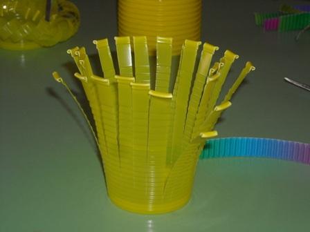 Что можно сделать из одноразовых стаканчиков своими руками