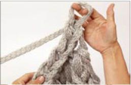 вязание на руках. шарфик (10) (258x169, 7Kb)
