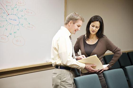 97636143 phrase12 13 фраз, которые нельзя произносить в офисе