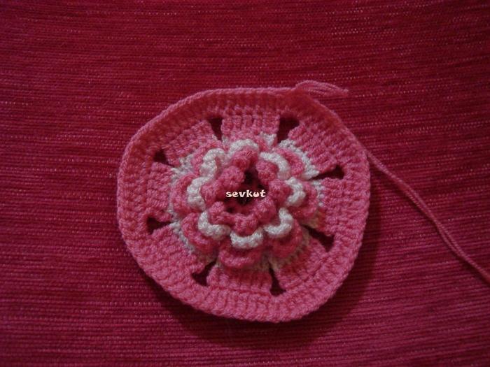 связать крючком цветы (700x525, 305Kb)