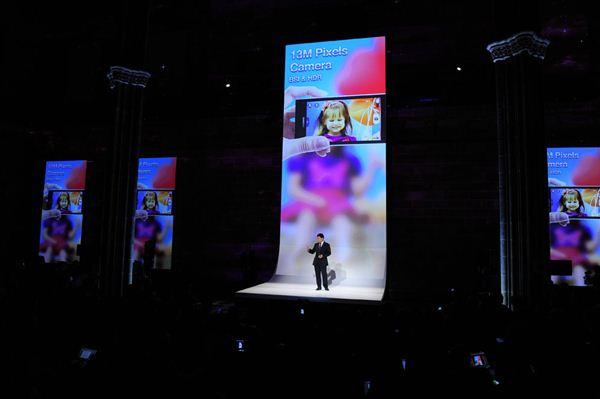 MWC. Встреча смартфонов и планшетов в Барселоне Фотографии