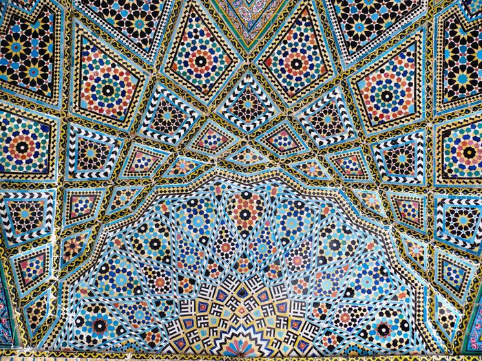 Nasr_ol_Molk_mosque_vault_ceiling_2 (700x525, 870Kb)