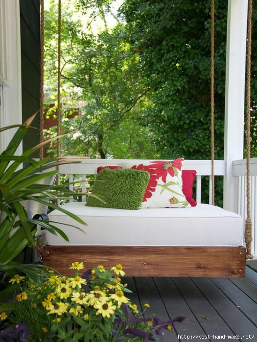 Relaxing-Porch-Swing-Simply-Decor-Ideas-for-Freshen-up-Your-Patio-and-Terrace-570x759 (525x700, 244Kb)