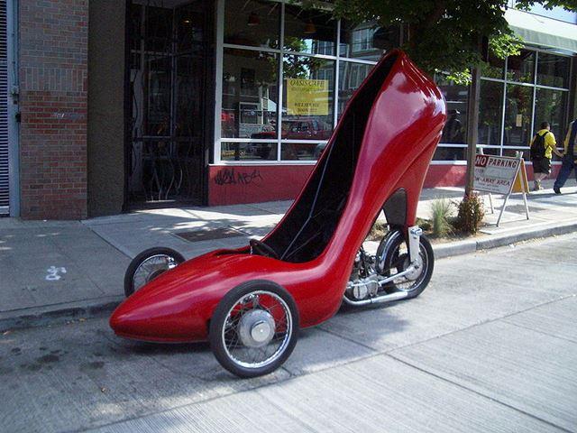 2447247_Big_shoe (640x480, 65Kb)