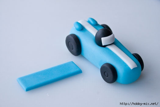 How-to-make-a-race-car-cake-topper-9 (525x350, 50Kb)