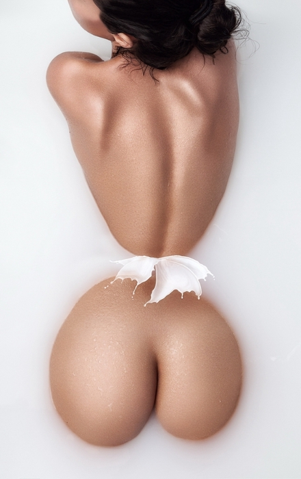 Дэниэл Илинка эротические фото 15 (440x700, 156Kb)