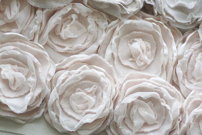 цветы из ткани (17) (700x467, 247Kb)