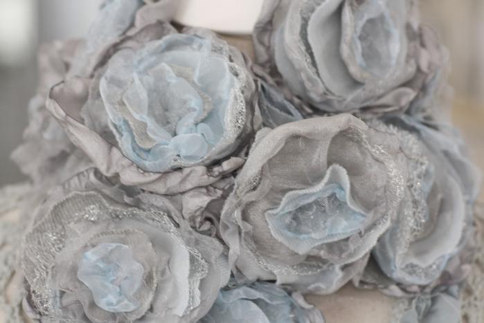 цветы из ткани (22) (700x467, 193Kb)
