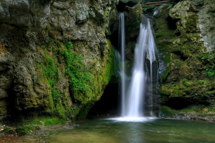 Водопад La Tine de Conflens, Швейцария 72581