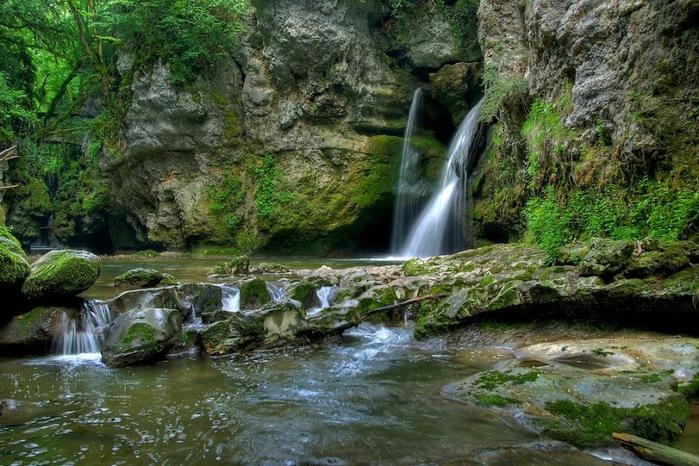 Водопад La Tine de Conflens, Швейцария 95208