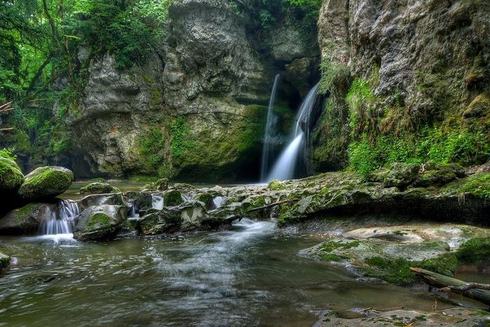 Водопад La Tine de Conflens, Швейцария 33909