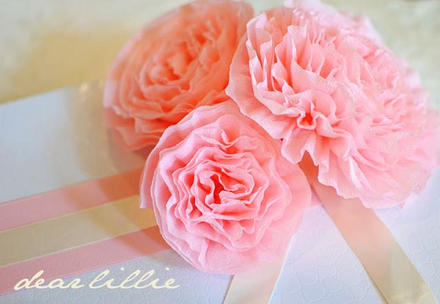 Большие цветы из креповой бумаги своими руками