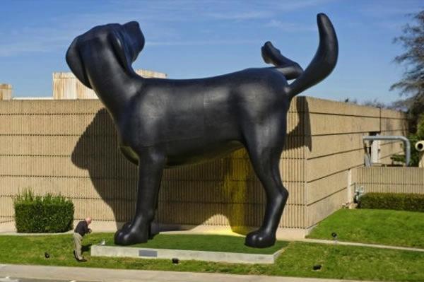 скульптура-собаки (600x399, 58Kb)