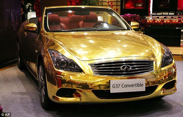 золотой кабриолет Infiniti G37 2 (638x409, 62Kb)