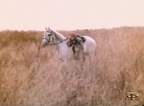4-14 Помогите комиссару на лошадь взобраться (600x443, 61Kb)