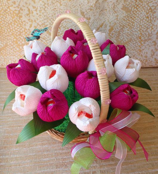 цветы из конфет (6) (530x583, 412Kb)