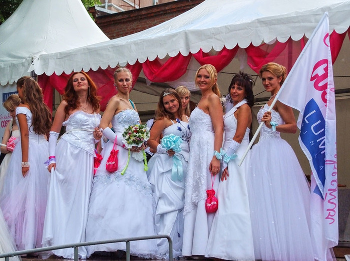 свадебная фотосъемка в москве (700x523, 142Kb)