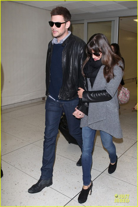 lea-michele-cory-monteith-snowy-new-york-departure-11 (468x700, 82Kb)