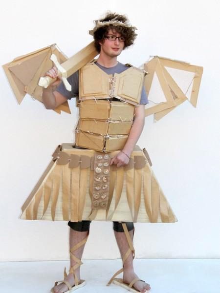 костюмы из картона фото 1 (450x600, 42Kb)