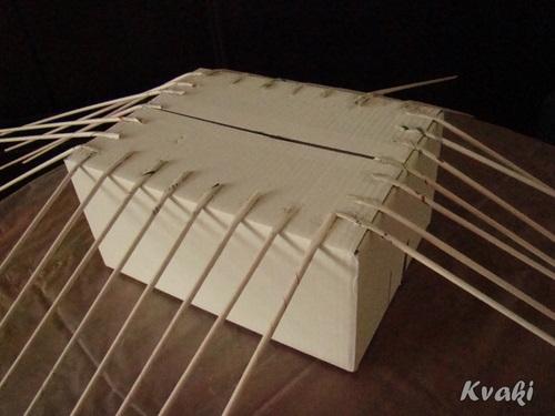 плетение из газет как крутить трубочки (10) (500x375, 109Kb)