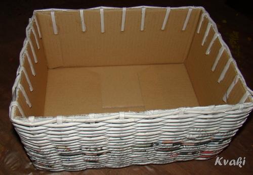 плетение из газет как крутить трубочки (19) (500x347, 125Kb)